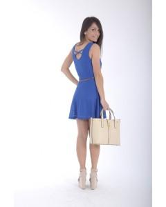robe-bleue-fluide-dentelle